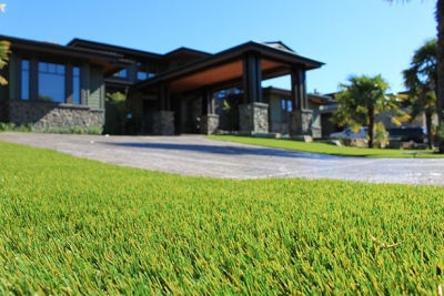 home-artificial-grass-lawn-installation